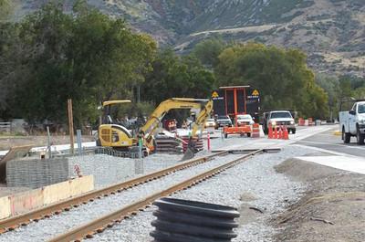2011-10oct-21_pioneer-road-crossing