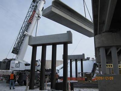 2009-12dec-11_700-West-bridge