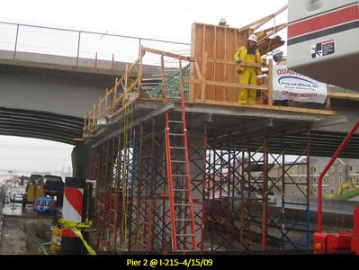 2009-04apr-24_I-215-bridge