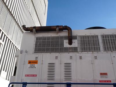 UTA-901_rear-exhaust_06-Oct-2014