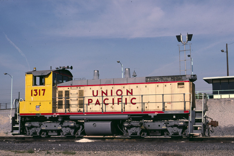 UP SW1500 1317; ex WP 1503. Los Angeles. January 11, 1988.(Alan Miller Photo)