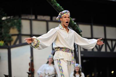 The Italian Greenshow at the Utah Shakespeare Festival. Aug. 27, 2015. Photo by Ian Billings