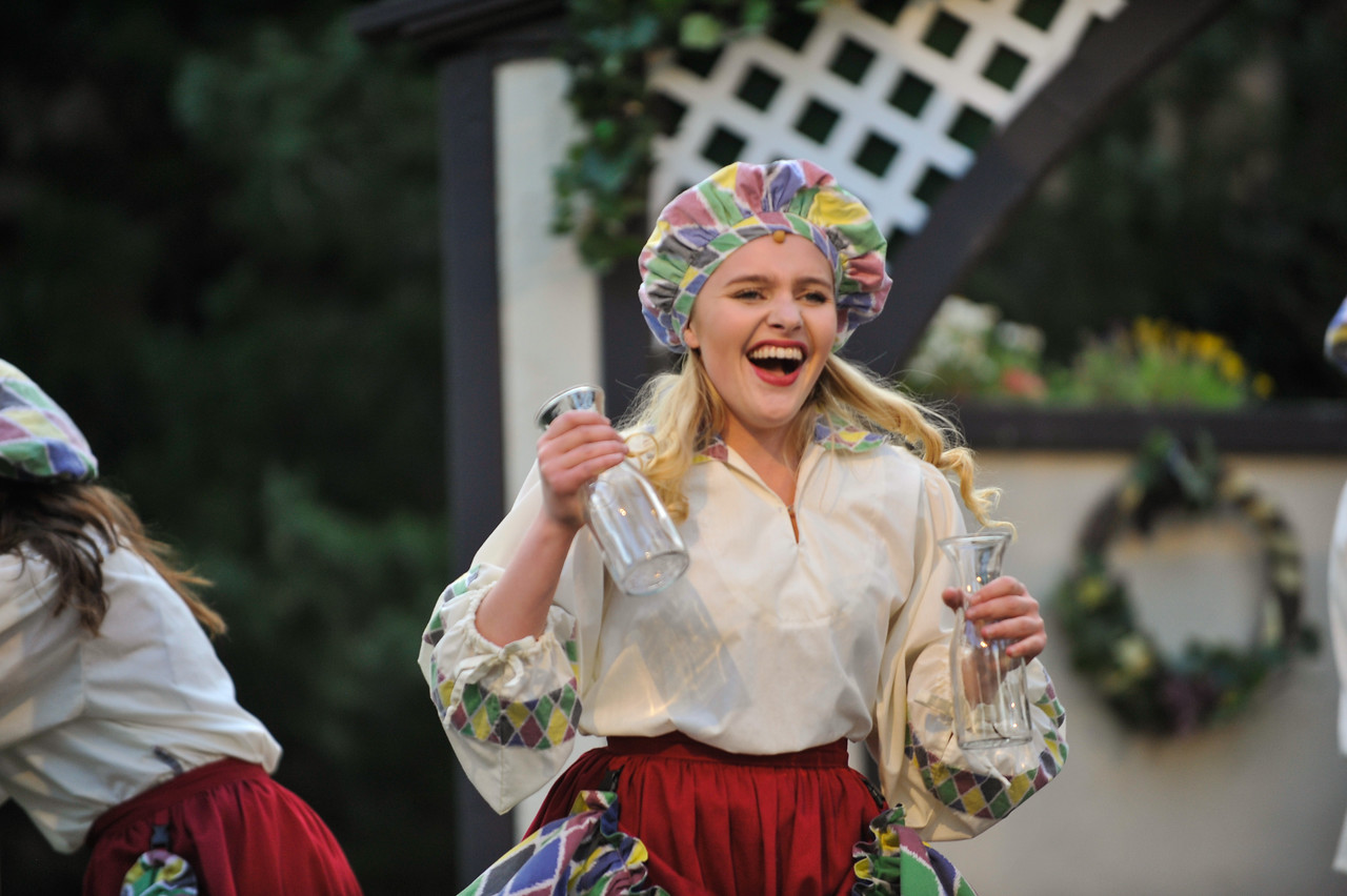 The Italian Greenshow at the Utah Shakespeare Festival. Aug. 27, 2015. Photo by Ian Billings
