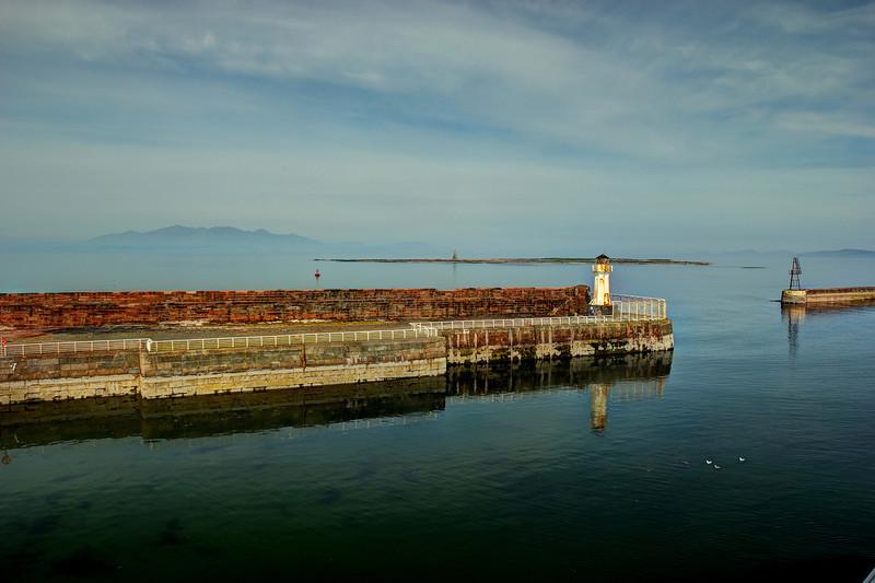 A távolban az Arran sziget