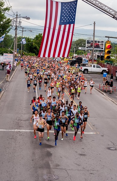 Start of the 2019 Utica Boilermaker Road Race