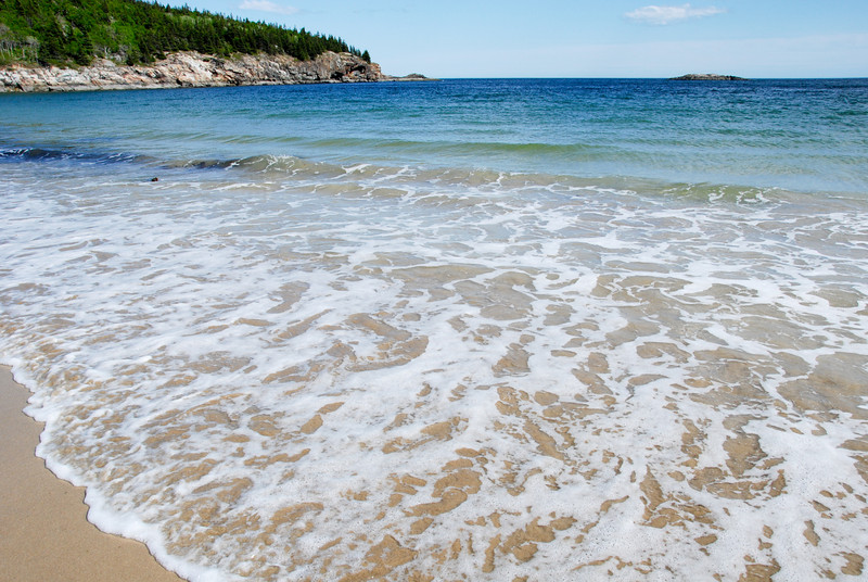 "<span id=""title"">Sand Beach</span> The ONLY sandy beach on all of Mount Desert Island. It's a great beach, too. Incredibly scenic."