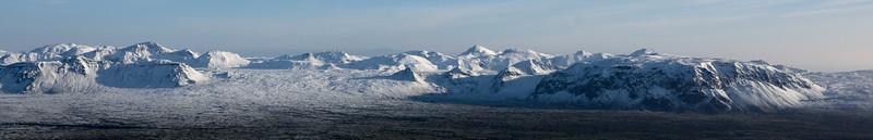 Tindaskagi, Tindaskagaheiði, Tröllatindur, Bjargahnjúkar, Bjargabás og Hrafnabjörg.