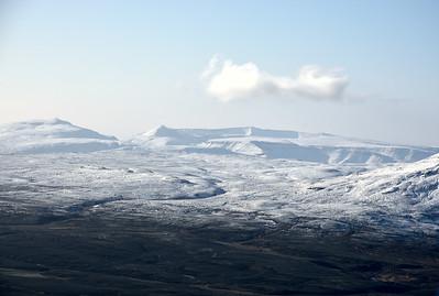 Skálafell, Svínaskarð, Móskarðshnúkar og Trana