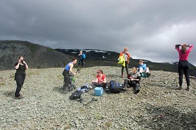 Skundi í Lónsöræfum. Erna, Snædís, Guðný, Þorbjörg, Bergþóra, Anna Magga, Ásta og Solveig.