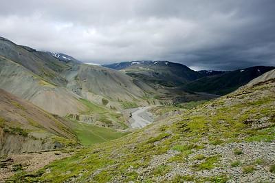 Horft til baka upp með Jökulsá, Múlaskáli sést