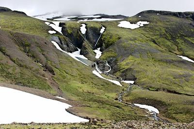 Í Leiðartungnagili