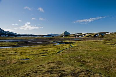Á þriðja degi var bjart yfir og Mælifell blasti við frá Strútsskála