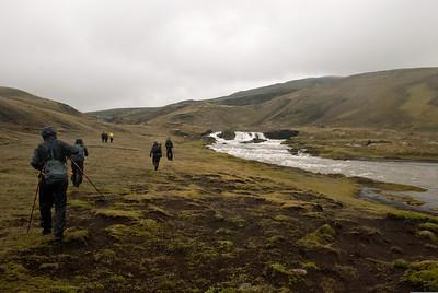 Haldið upp með Syðri-Ófæru, erum að koma að Eldgjá.