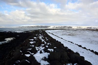 Varnargarður við Strandarkirkju