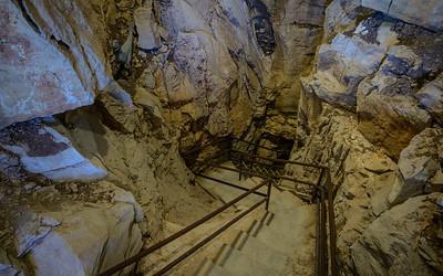 Crystal Onyx Cave - Cave City, KY USA