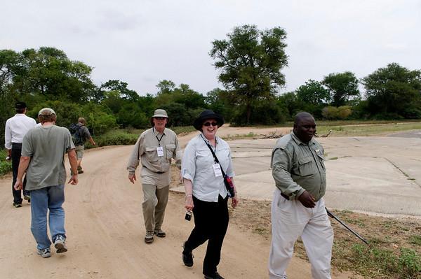 walking safari, Thornybush, S. Africa