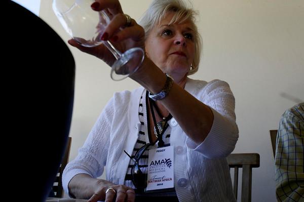 Peggy's wine tasting method, Seidelberg winery, S. Africa