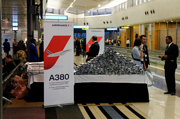 maiden flight of Airbus 380, 800 passengers!, Joburg Airport