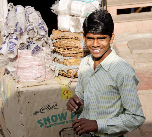 Handsome smile, on the road to Agra