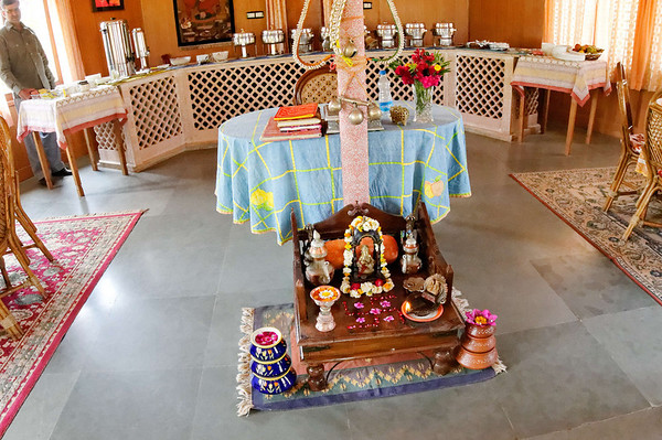 Small shrine in dining cabin, Kalakho
