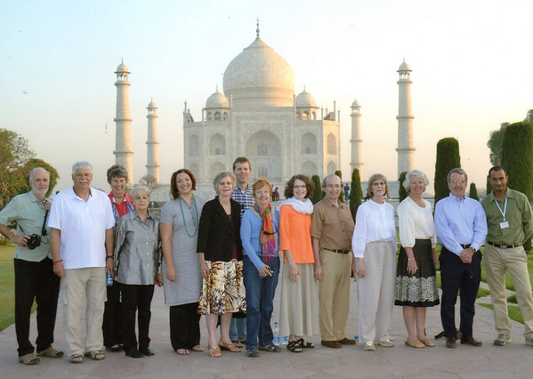 Group photo (minus Henry), Taj Mahal, Agra