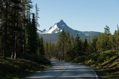The road to Mount Washington