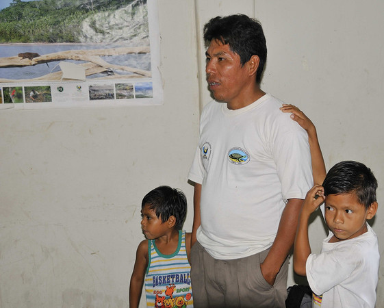 The Park Ranger and his children (1 of only 4 rangers for the whole Pacaya & Samiria Reserve, Santo Tomás, Rio Pacaya, Peru