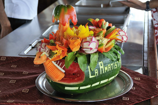 Lunch aboard La Amatista & a bit of carving art, Gallito, The Amazon River, Peru
