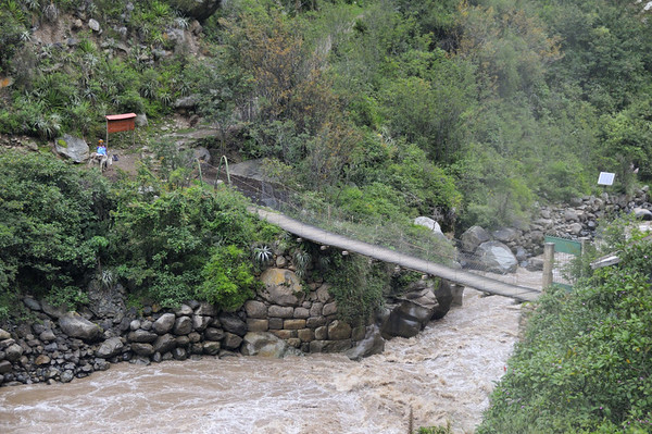 Bridge across the Urubamba River to the Inka Trail, train to Machu Picchu, Urubamba Valley, Peru