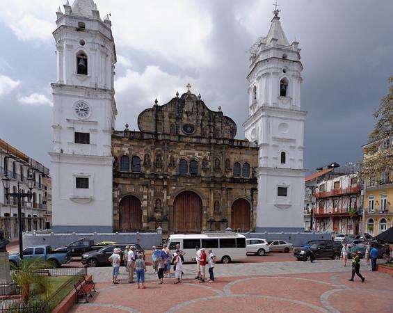Main Plaza church