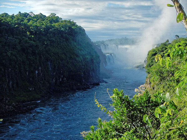 Iguazú Falls - first good look