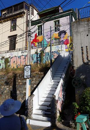 Valpariso, stairway to street art