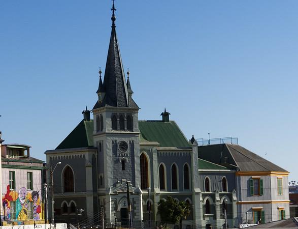 Valpariso, art and church