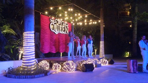 Akumal, Mexico - Queen tribute group