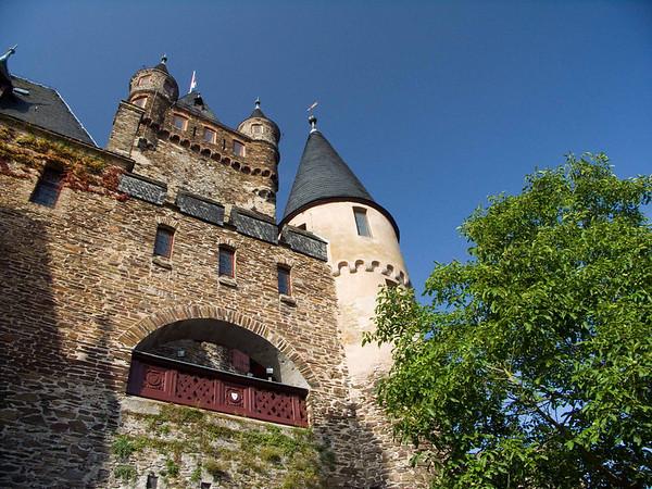 Cochem, Reichsburg Castle, turret and gate
