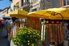 Arles, vender scene