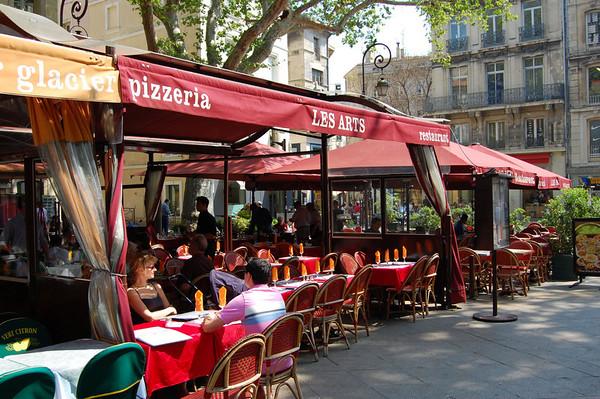 Cafe scene <br /> Avignon, France