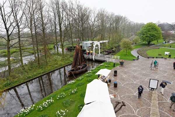Keukenhof Gardens; the Starum and canals from the top of the windmill