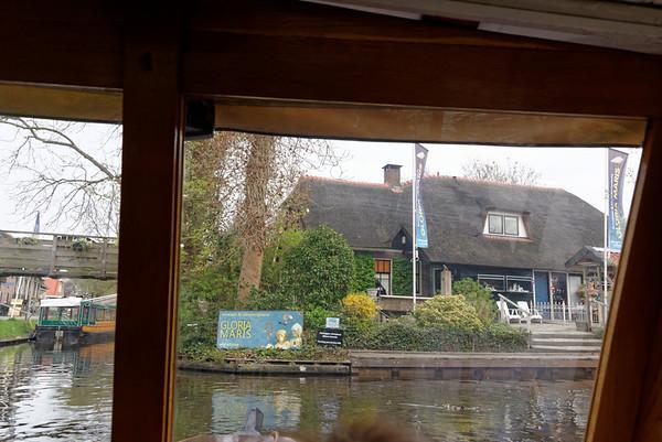 Giethoorn; classic tourist stop ahead