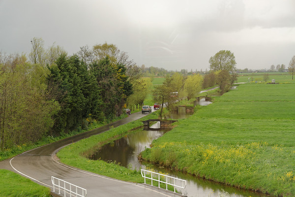 Toward The Hague; rain and the ever-present canal