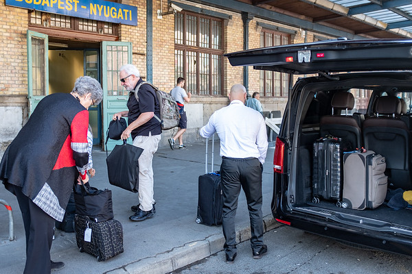 Orient Express - unloading at the Budapest train station