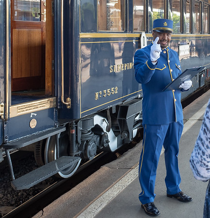 Orient Express - Budapest station, Rupert welcomes us