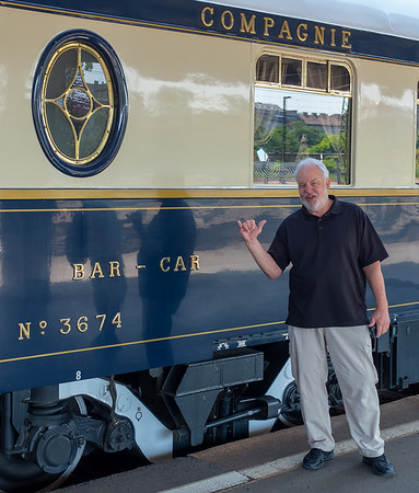 Orient Express - Budapest station, Terry is ready