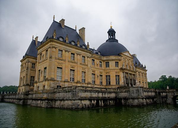 Vaux-le-Vicomte - canal, diverted river