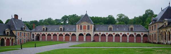 Vaux-le-Vicomte - stables
