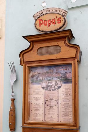 Cesky Krumlov - lunch at Papa's