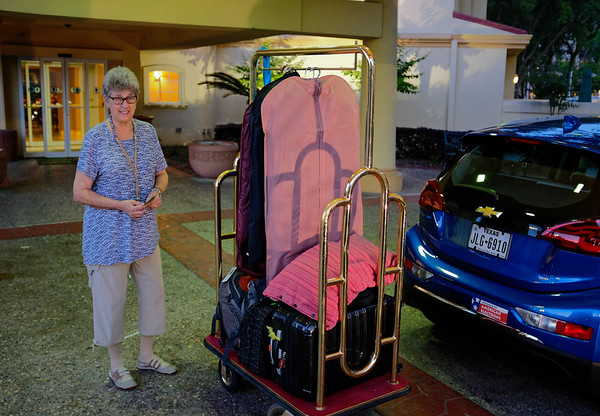 Suzanne - unloading at the La Quinta the night before we left.