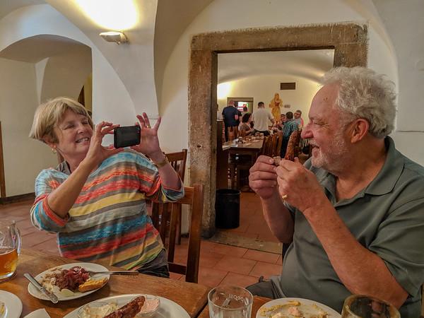 Prague - lunch at U Medvidku - Amy shoots Terry