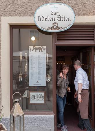 Salzburg - dinner at the Happy Monkey
