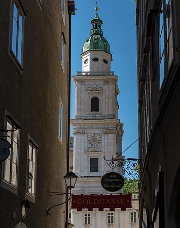 Leaving Salzburg, Hotel am dom lane Goldgasse